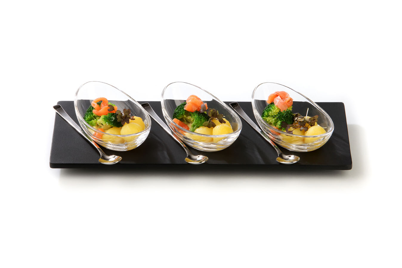 Glass Is An Extremely Versatile Material It Is Perfectly Eligible To  Present Amuse Bouche Or Fingerfood In An Appealing Way.
